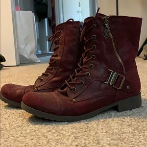 Maroon, Size 9 Women's Guess Combat Boots